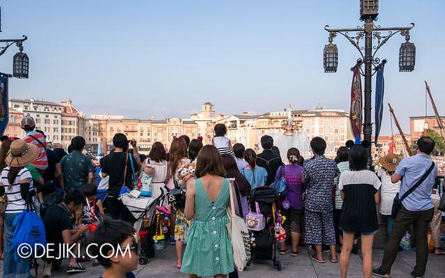 Tokyo DisneySea - Mediterranean Harbor / Disney Summer Festival Show