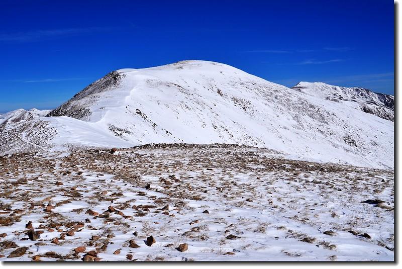 Loveland Pass  Point 12,915' 北眺(右後為Mount Sniktau)