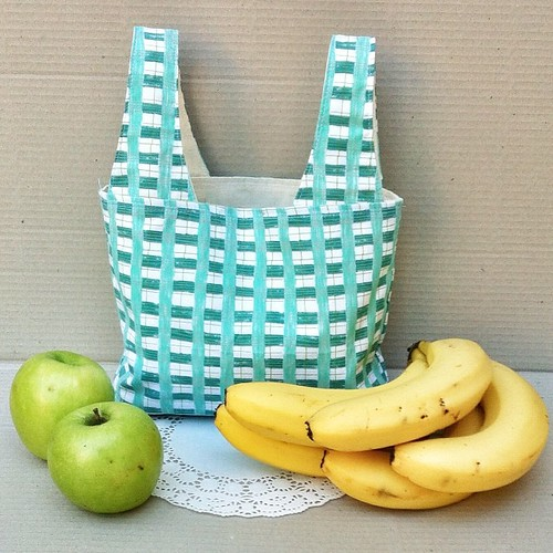 Mini shopper grocery bag.