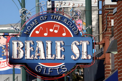 Beale St. Gifts neon sign