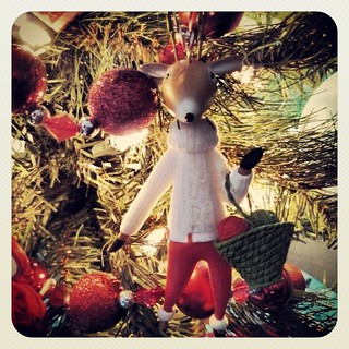 Day 19 #yarnpadc Christmas Jumper....which I do not own, but I love my #knitting #reindeer #ornament and her great sweater!