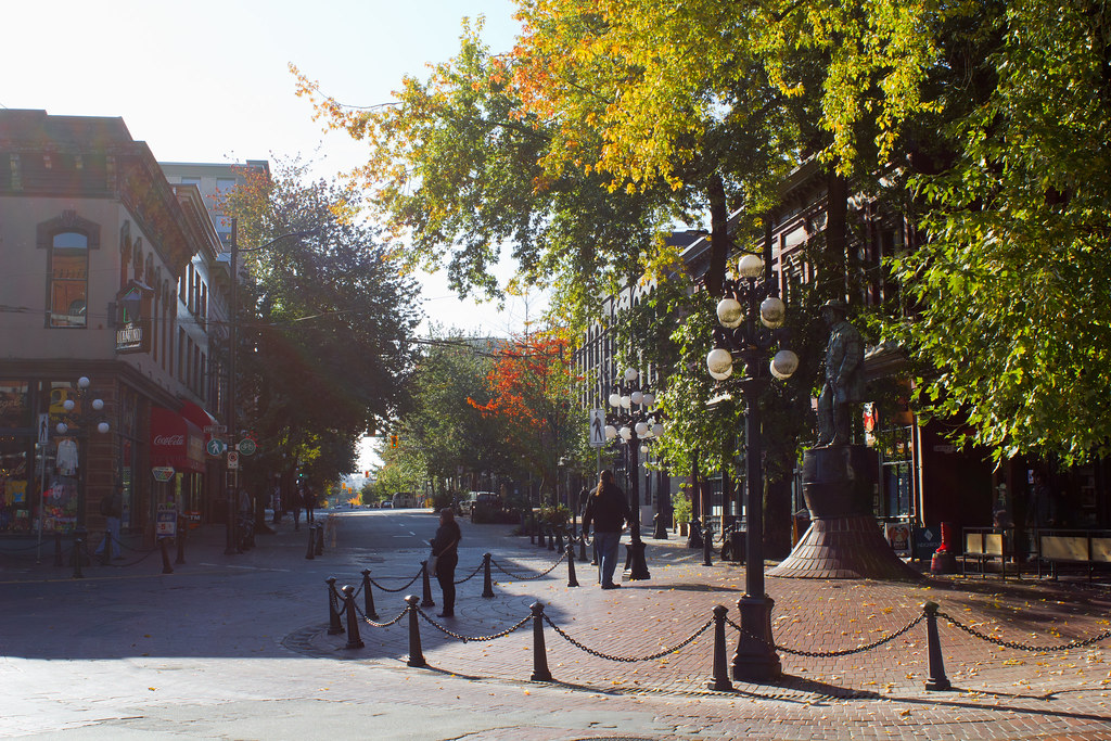 Wednesday, October 16: Our exploration of Vancouver led us to Gastown, Chinatown, vintage shopping, amazing toasties, and poutine!