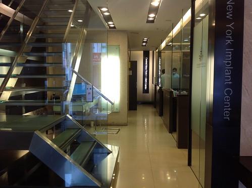 黃經理牙醫診所一樓0548
