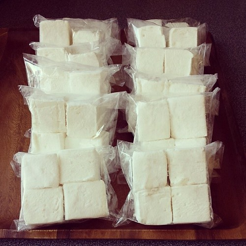 You know what rhymes with marshmallow? Pillow. Yuzu pillow marshmallows for my dearest taste testers!