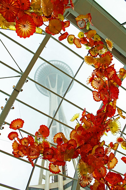 Glasshouse and Space Needle - Chihulu Garden and Glass
