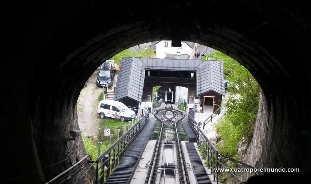 Subiendo en el funicular
