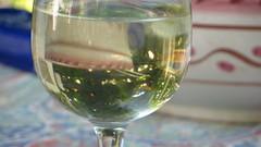 produce(0.0), wine glass(1.0), wine(1.0), drinkware(1.0), stemware(1.0), distilled beverage(1.0), liqueur(1.0), glass(1.0), white wine(1.0), drink(1.0), alcoholic beverage(1.0),