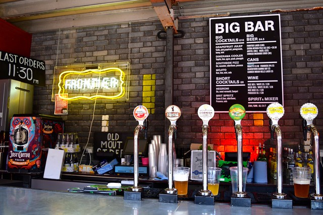 Big Bar at Dinerama