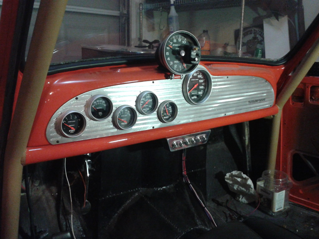 View Topic My Crown Jewel The 66 Morris Minor Wire Harness Finished Tonight And Installed Custom Dashboard