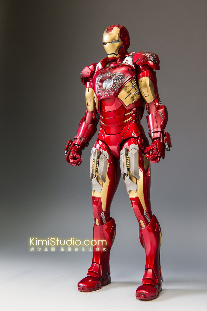 2013.06.11 Hot Toys Iron Man Mark VII-064