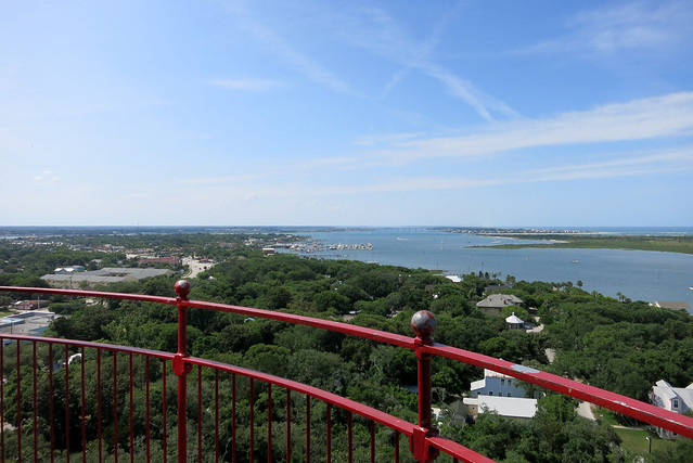 IMG_1302-2013-06-15-St-Augustine-Lighthouse-lighthouse-veiw-from-top-towards-north