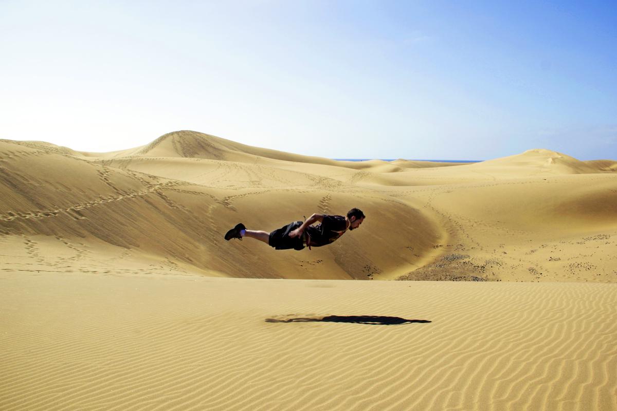 Volando en las dunas de Maspalomas