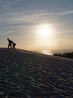 Ascension de la dune du Pyla / Climbing the Pyla dune