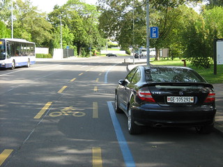 Cycle lane – Voie cyclable
