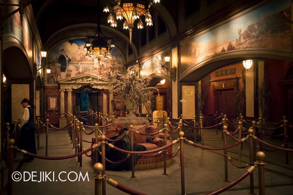 Tokyo DisneySea - Tower of Terror / Deserted Lobby