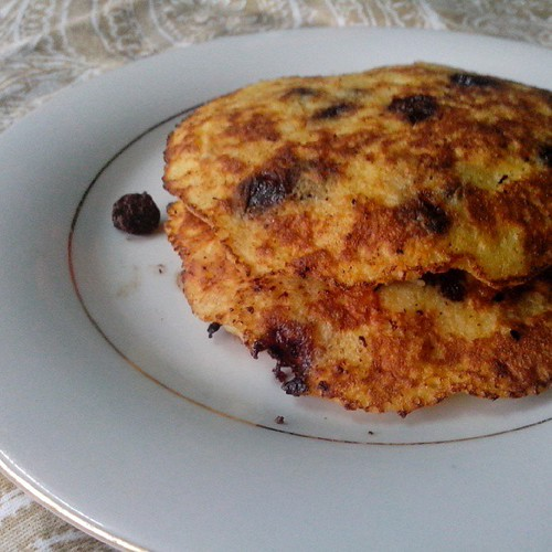 My 1000th photo : Healthy pancakes made with bananas, eggs and chocolate chips.