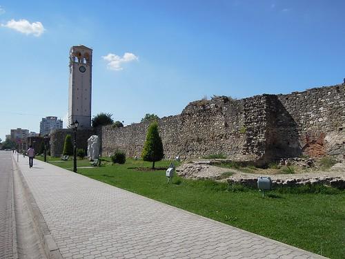 エルバサンの城壁