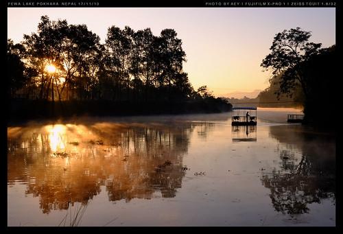 travel nepal sunrise pokhara fewa fewalake fujifilmxpro1 zeisstouit1832mm