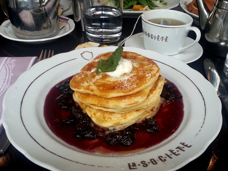 La Societe pancakes brunch