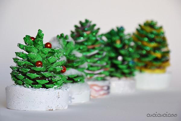 Pine cone christmas trees a tutorial for kids cucicucicoo - Pigne decorate natalizie ...