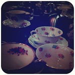 Small obsession with fancy vintage teacups~