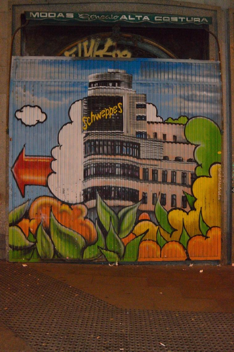 lara-vazquez-madlula-graffiti-madrid-gran via-arte