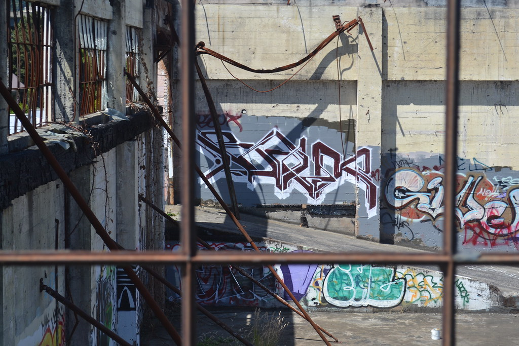 BAUX, GIVES, Graffiti, the yard, Portland, Street Art