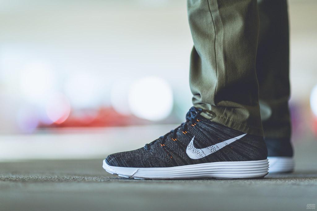 921c211dcf67 ... Nike Flyknit Chukka - Midnight Fog