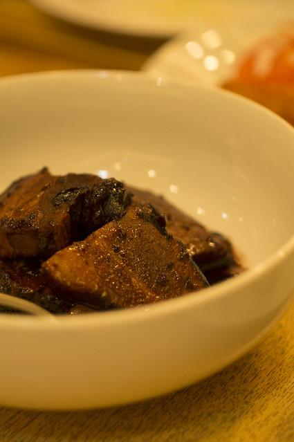 豚のカシス角煮