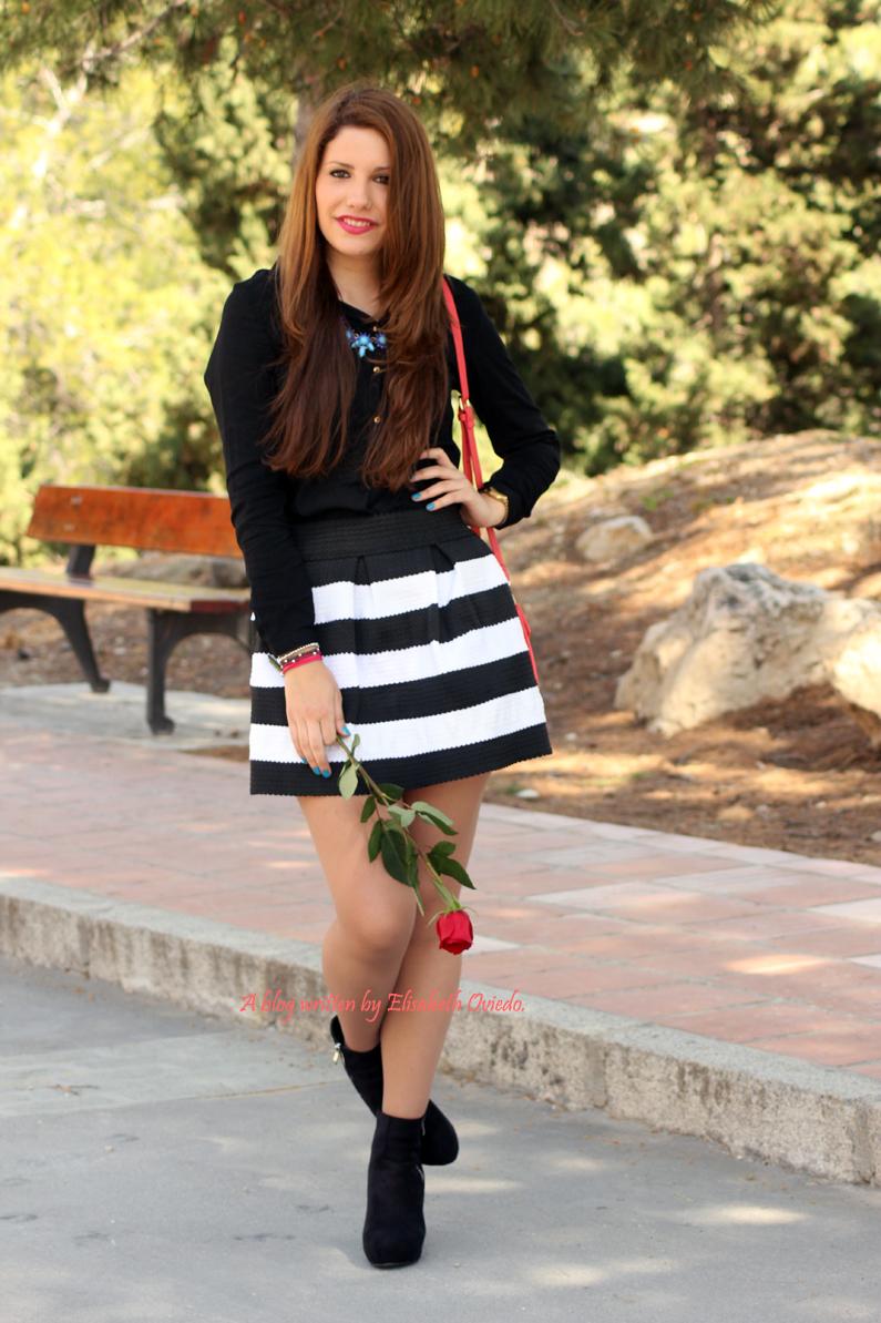 Bolso-Bissú-HEELSANDROSES-falda-de-vuelo-blanca-y-negra-(13)
