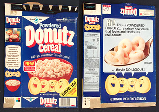 Vintage 1981 General Mills Powdered Donutz Cereal Box