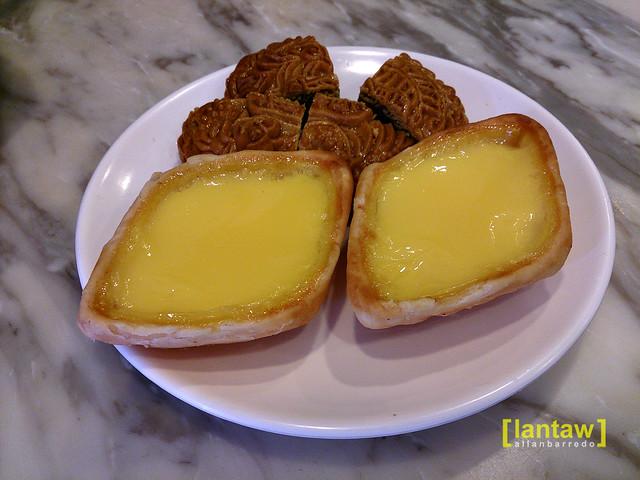 Singapore Chinatown: Tong Heng Famous Egg tart