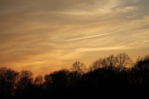 sunset night partlycloudy