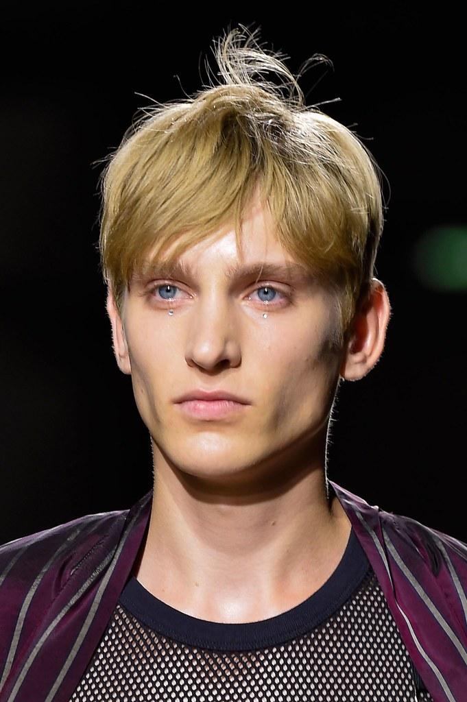 Jeroen Smits3269_SS16 Paris Dries Van Noten(fashionising.com)