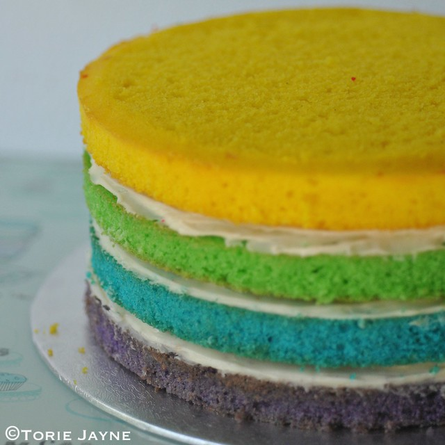 Stacking the rainbow cake 2