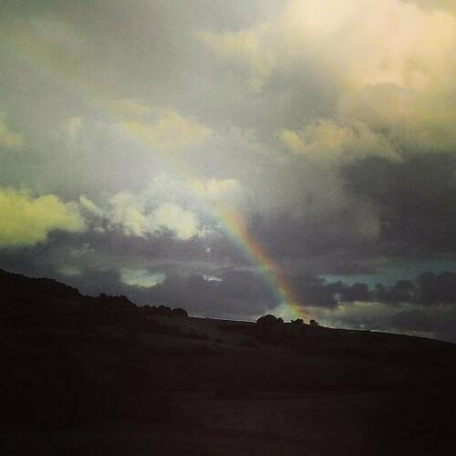 Nach langer Zeit ein wunderschöner Regenbogen. Hoffentlich wird der Goldtopf nie gefunden. Sonst fehlt der Regenbogen für immer... #rainbow