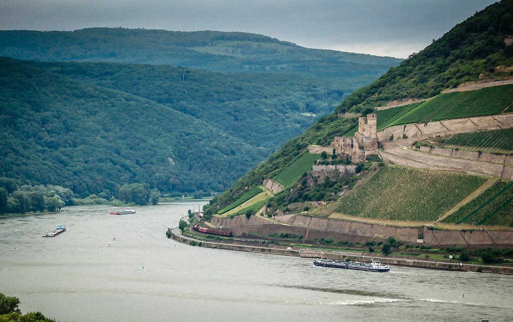 Castillo rio Rin