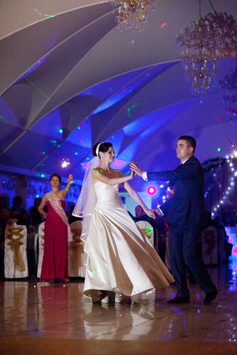 """Concurs """"Primul dans al mirilor"""" !!! > Dragoş şi Sorina"""