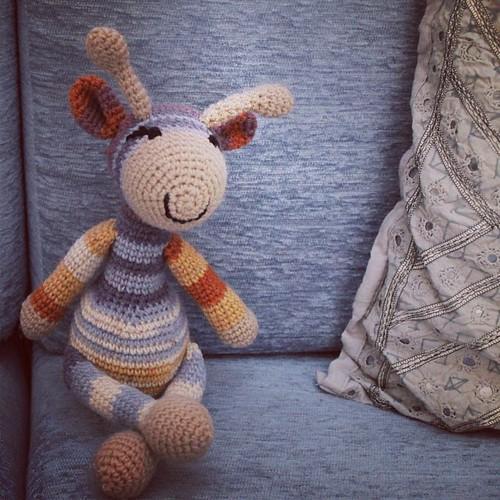 A gift for a baby.  #crochet #giraffe #amigurumi