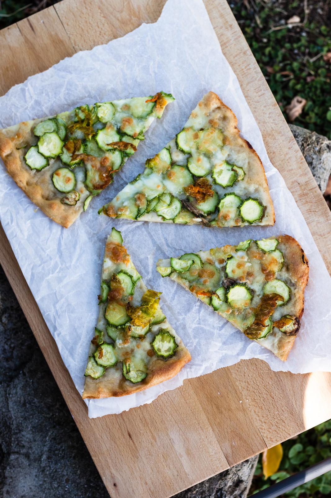 Populaire Pizza bianca con zucchine e mozzarella - Juls' Kitchen FC56