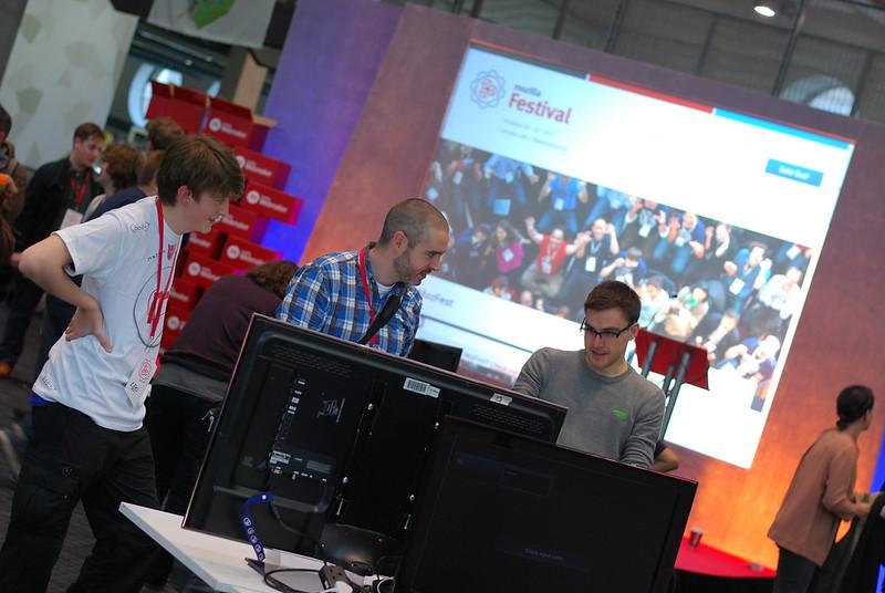 Demoing ViziCities at Mozilla Festival