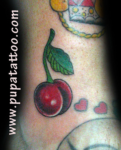tatuaje cereza Pupa Tattoo Granada by Marzia PUPA Tattoo