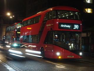 Metroline LT115 on Route 390, Notting Hill Gate
