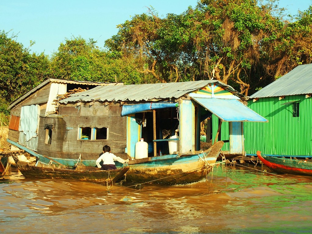 floating village-siem reap