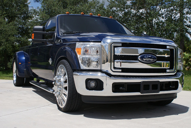 F350 Dually Wheels >> LOW PROFILE - DUALLY -- 2011 FORD F350 ROBUST 26 | Flickr - Photo Sharing!