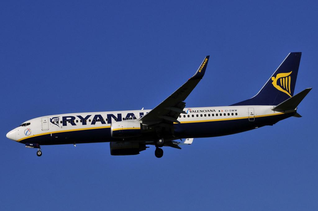 EI-DWW - B738 - Ryanair