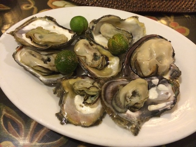 Grilled oysters - Paraiso Grill