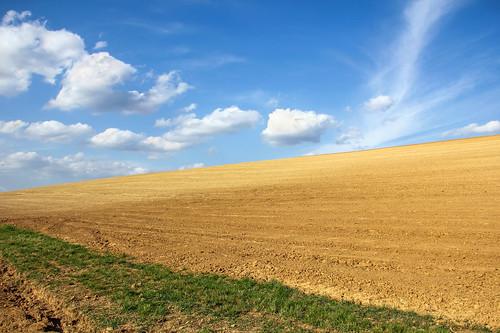 sky field clouds hungary hill land plow simple tab hügel 550d somogy