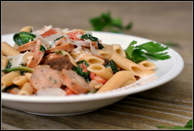 Creamy Chicken Sausage and Spinach Pasta 1
