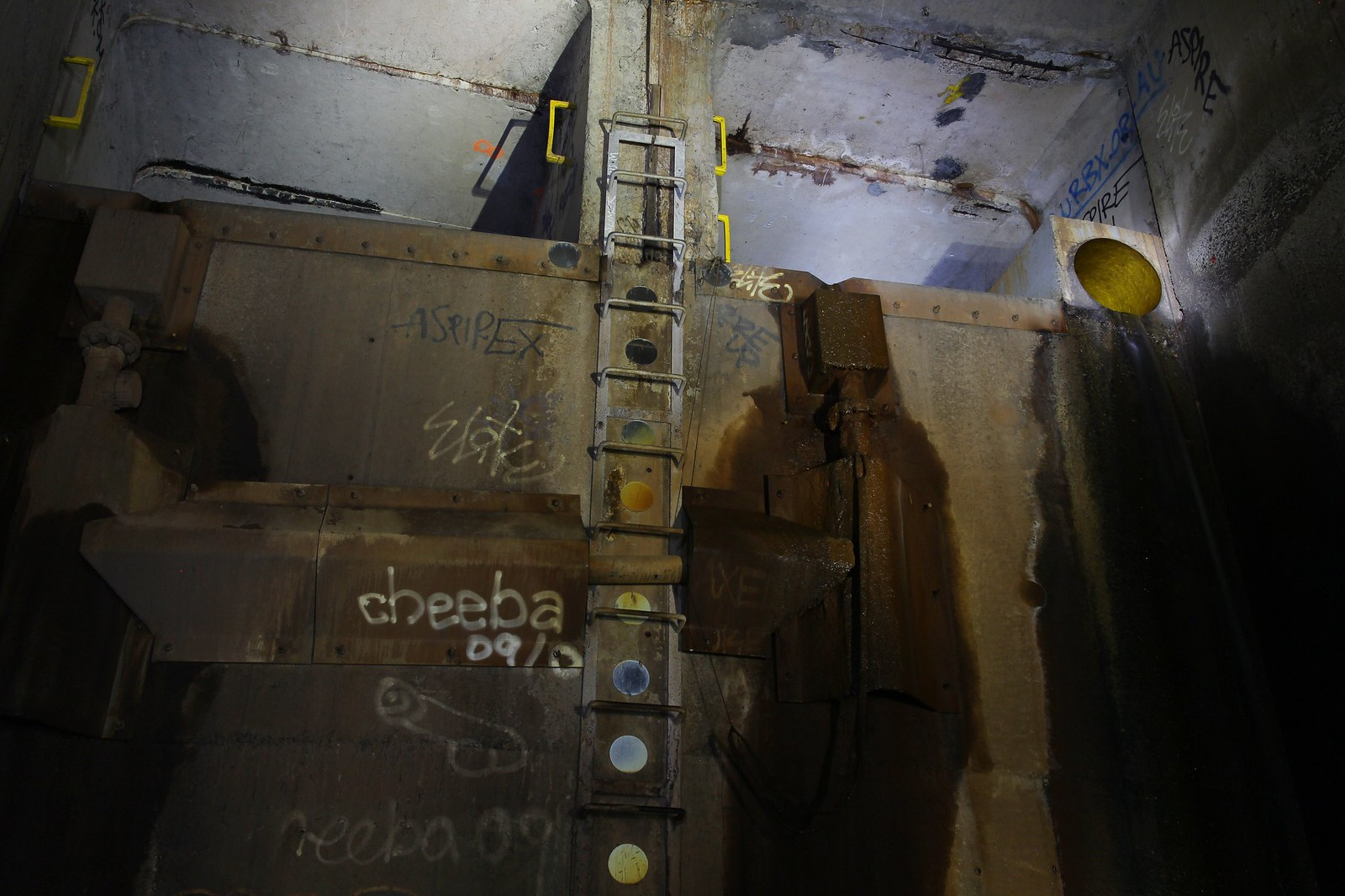 Hercules' Ladder